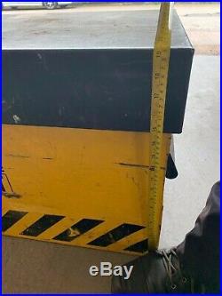 Genuine Van Vault 2 High Security Steel Storage Box YellowithBlack (S10250) Used