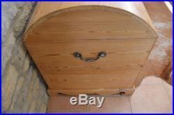 LARGE Pine Wooden Chest / Trunk / Blanket Box / Storage / Coffer