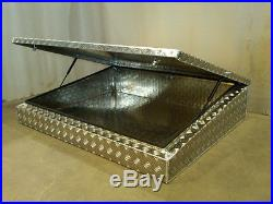 Large Aluminium roof rack wedge roof rack box Landrover Land Rover alloy storage